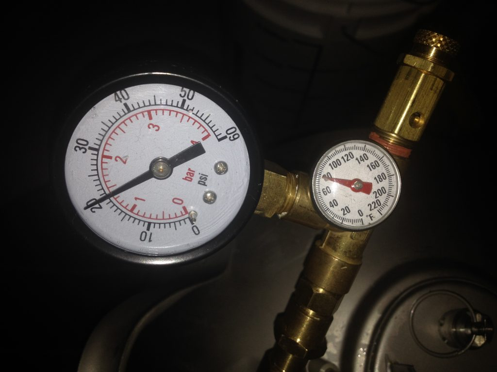 Pressure Gauge and Temperature Gauge
